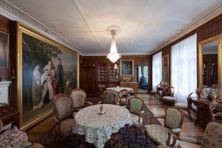 Salon in der Zellweger-Wohnung im zweiten Obergeschoss, 2014 (Foto: schattenwerk.ch)